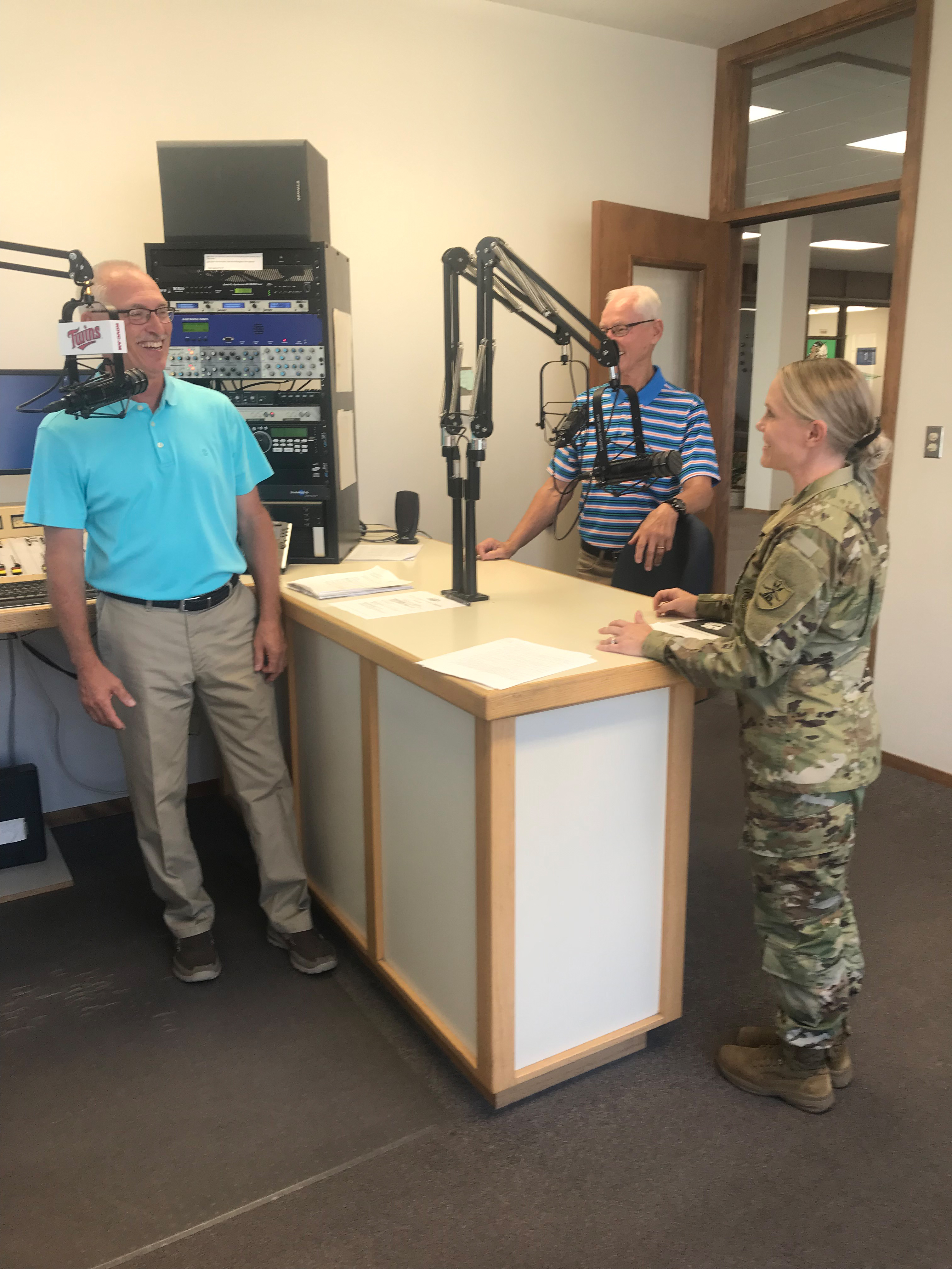 National Guard Visits i3G Media